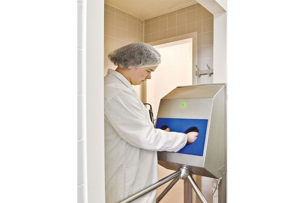 Hdt Wm Hand Disinfection Station 2