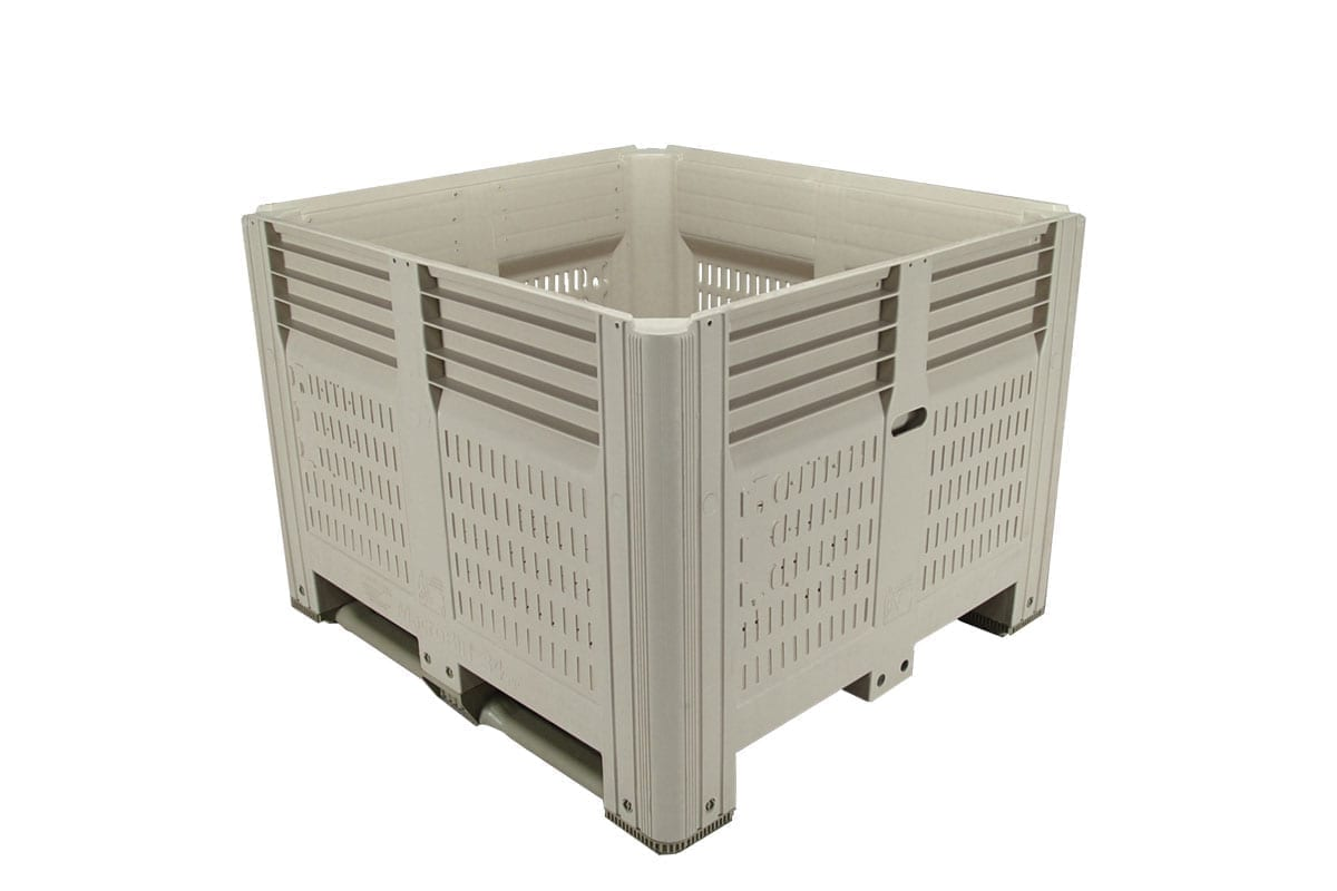 45 X 48 X 34 VENTILATED PLASTIC CONTAINER 1