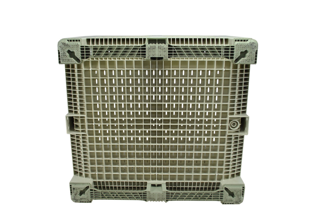 45 X 48 X 34 VENTILATED PLASTIC CONTAINER 3