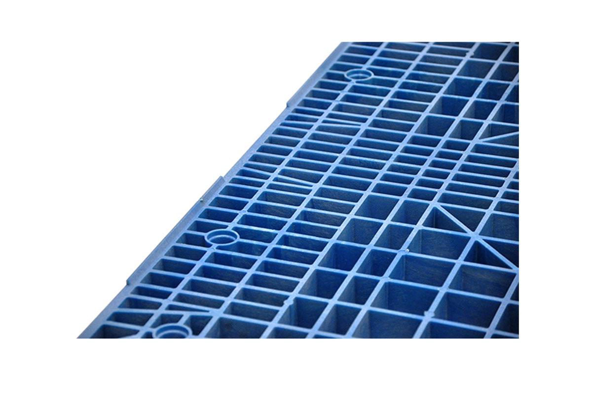 RCK 110 PLASTIC PALLET 6