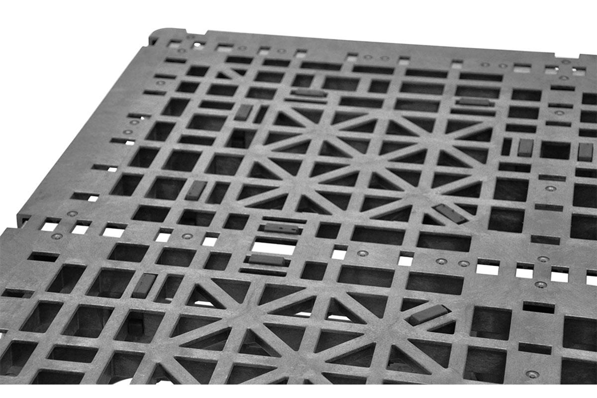 RCK 291   3 ROD PLASTIC PALLET 6