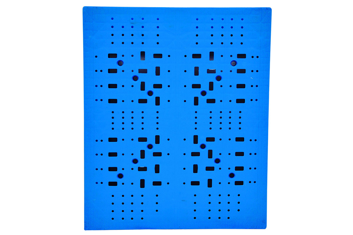 RCK 752 PLASTIC PALLET 3