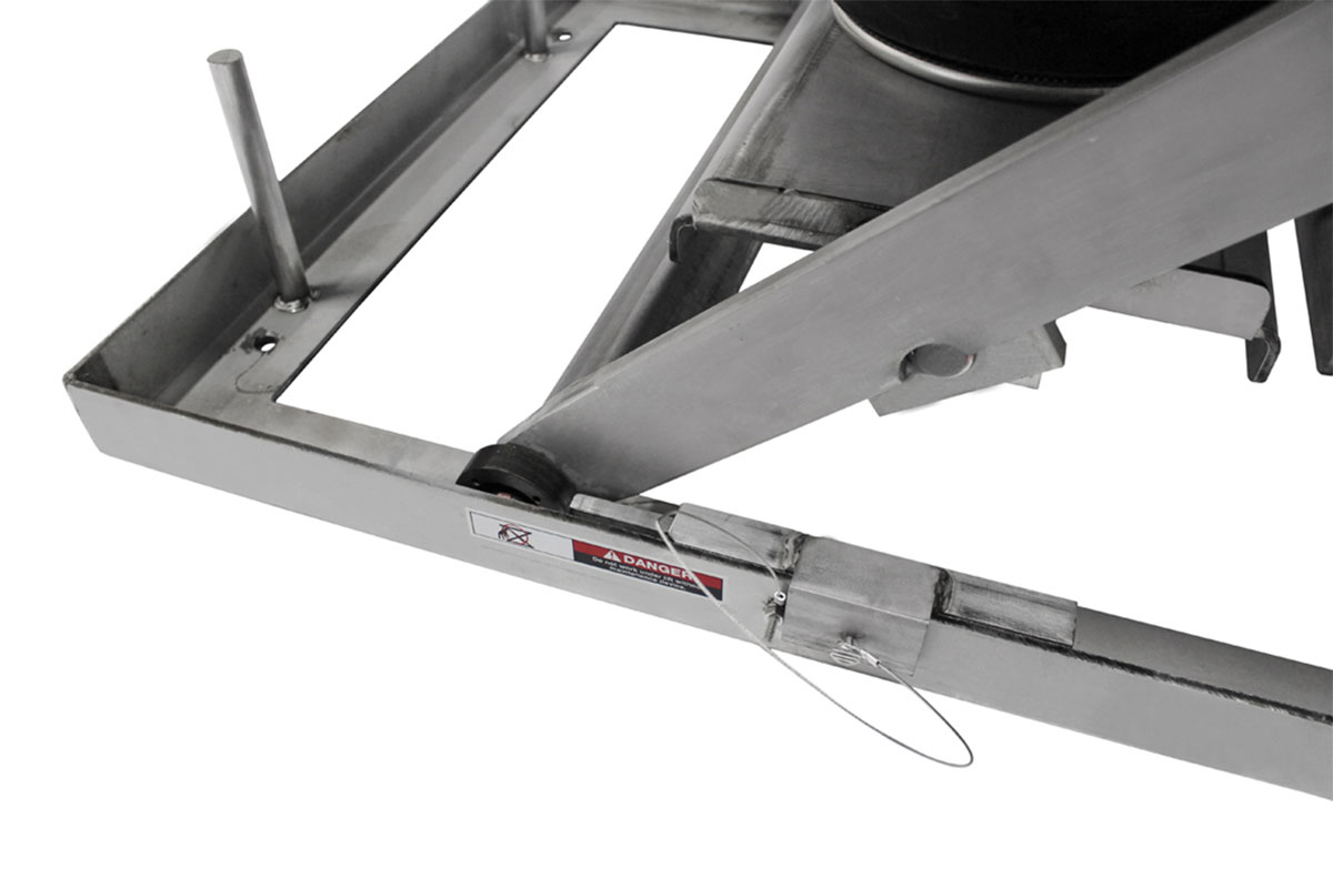STAINLESS STEEL LIFT TABLE 3