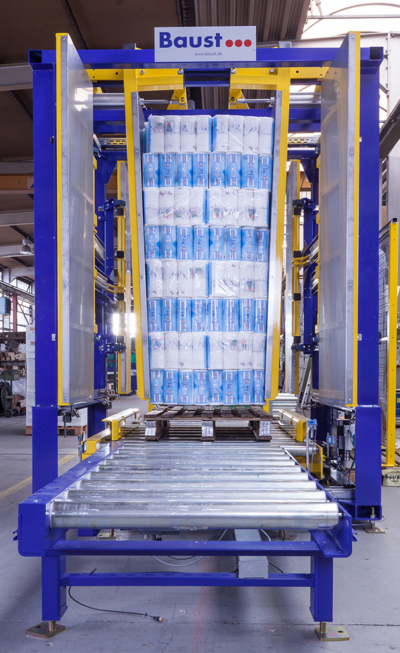 Inline Pallet Changer For Material Flow Systems