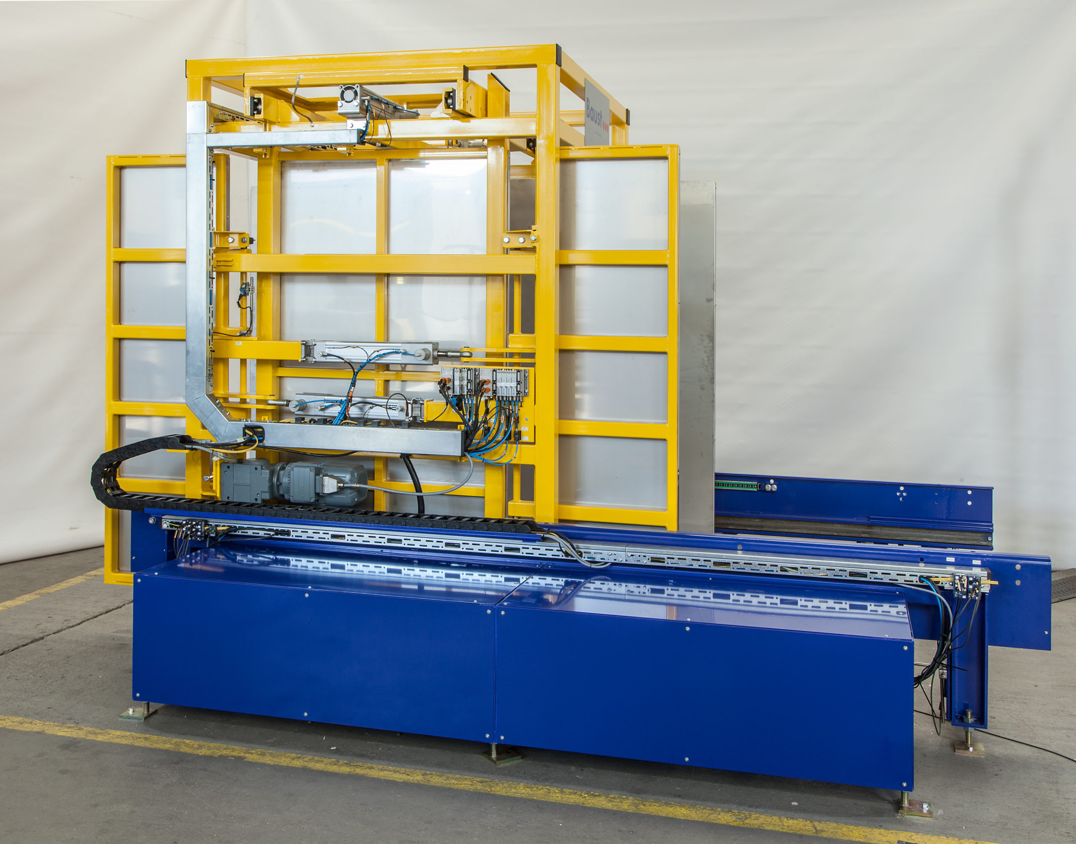 PW 3000 Pallet Changer Side View