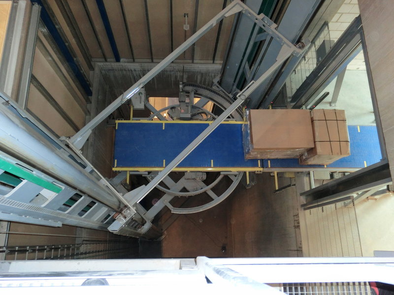Elevator - Vertical Conveyor 1