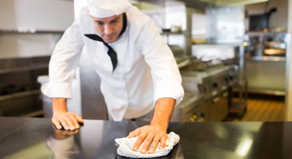 Cleaning Your Restaurant Kitchen